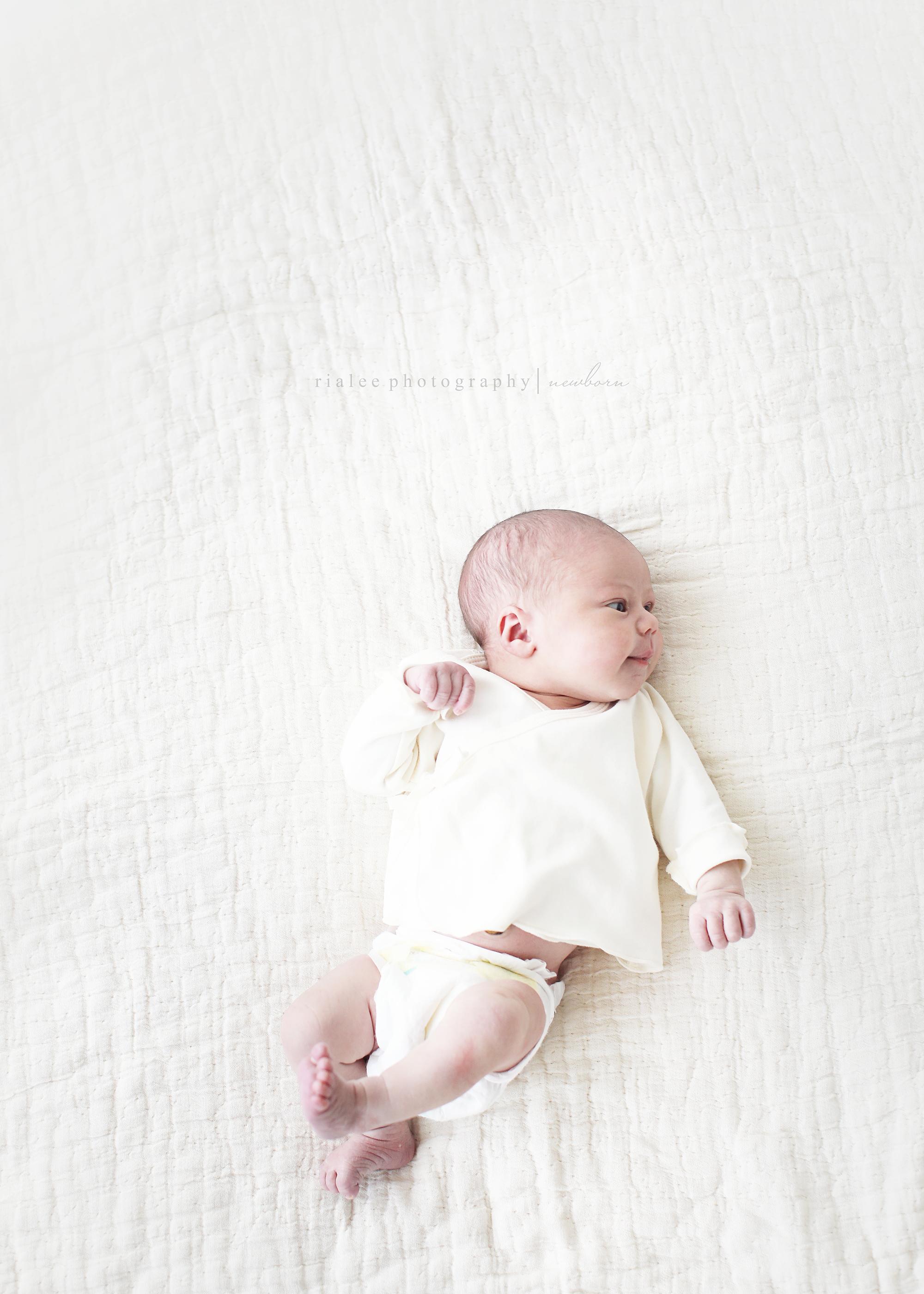 simplelifestylenewbornphotographerfargo.jpg