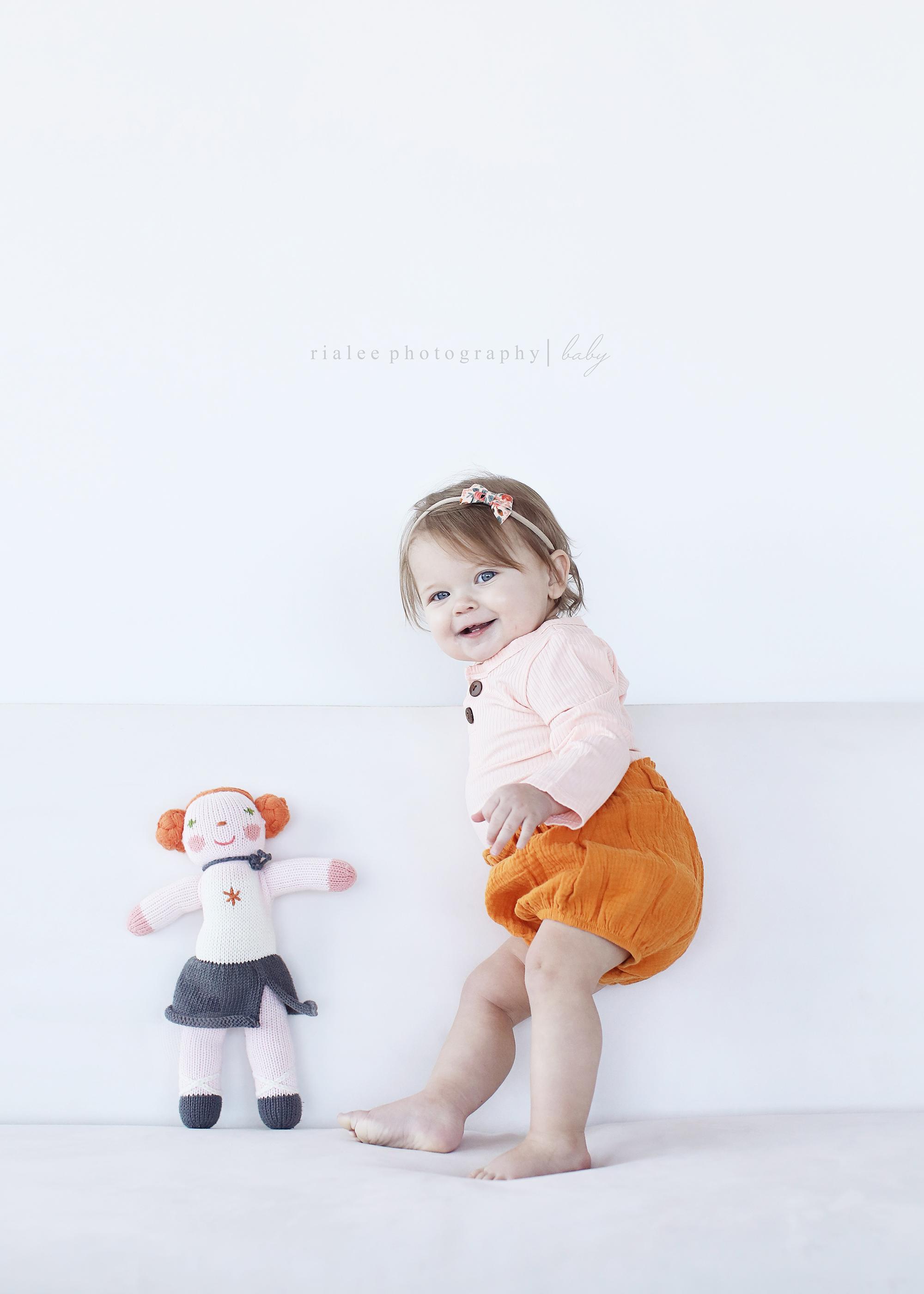 simplebabyphotographerfargo.jpg