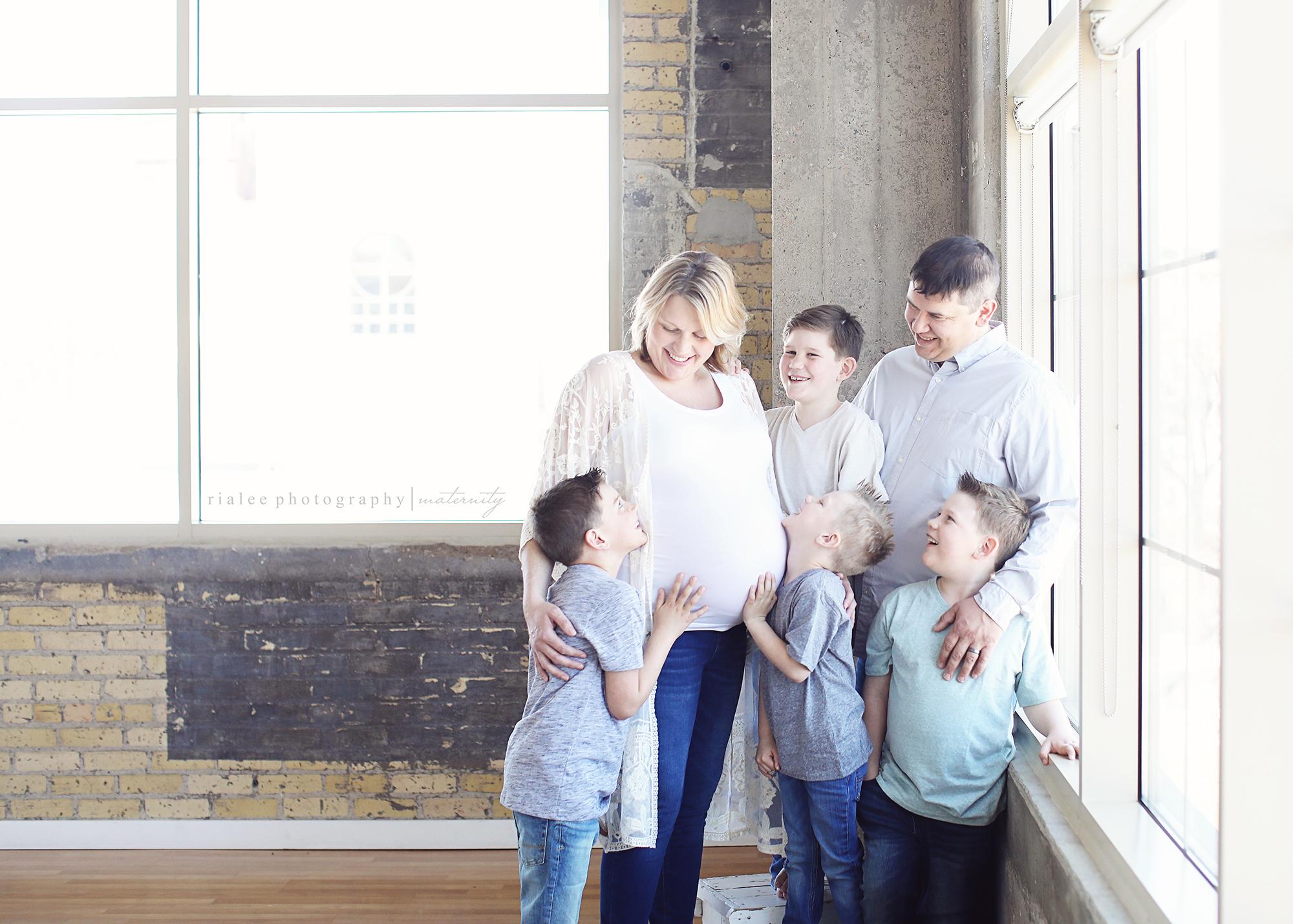 fargofamilymaternityphotos.jpg