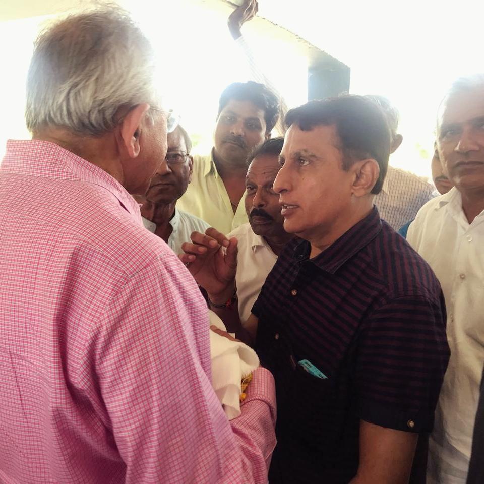 Anil Shah, MD talking to Gabat Villagers.