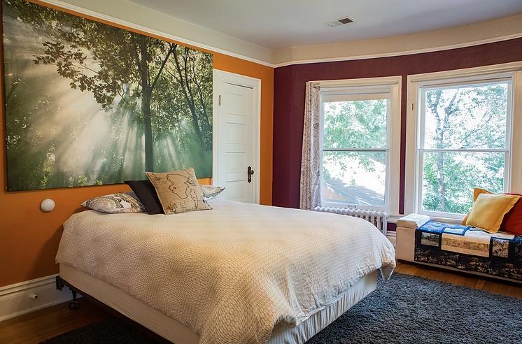 The Treetop Room: Photo courtesy of Fernweh Inn & Hostel