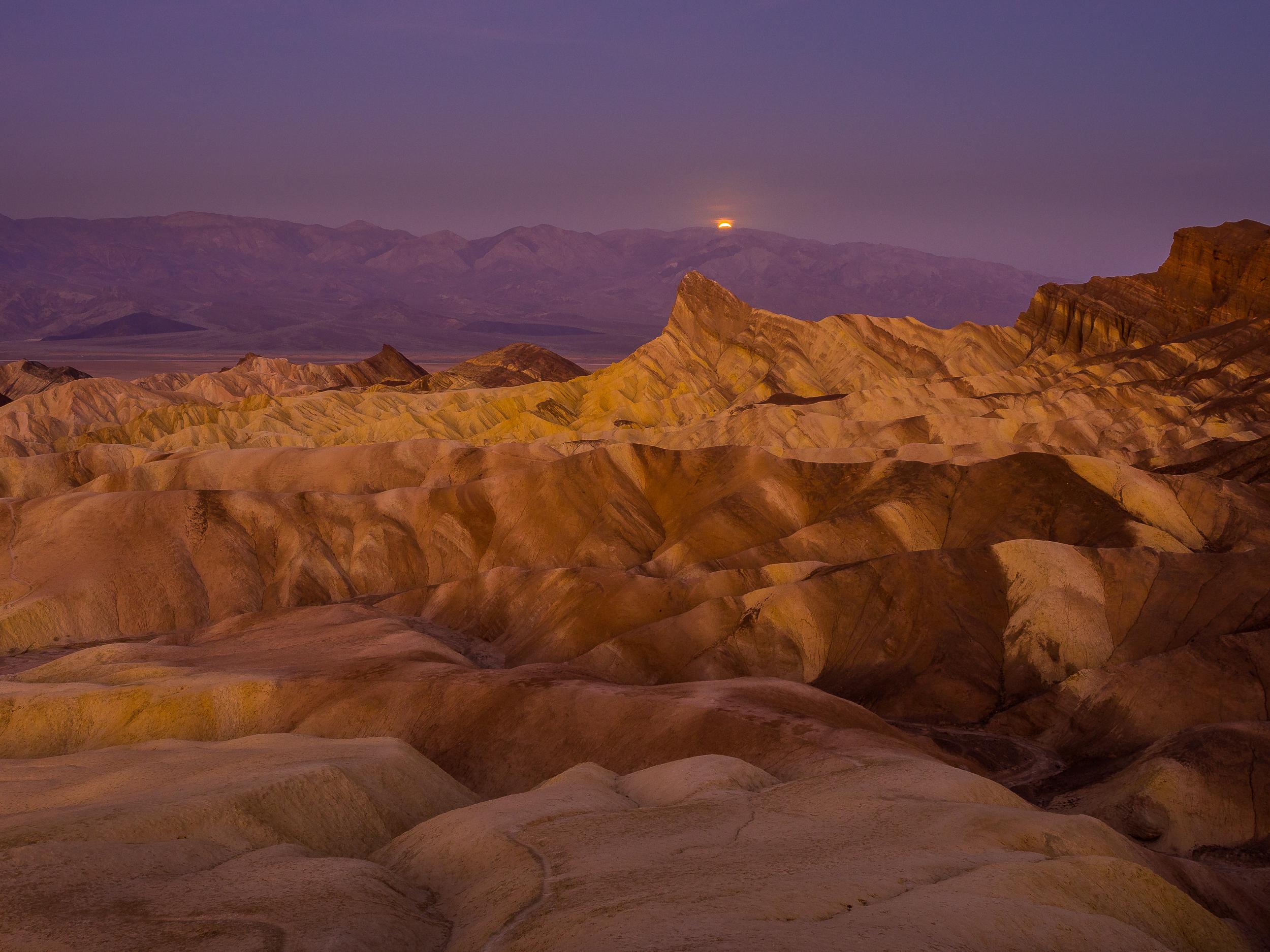 Death Valley Zabriskie Point Sunrise-12.jpg