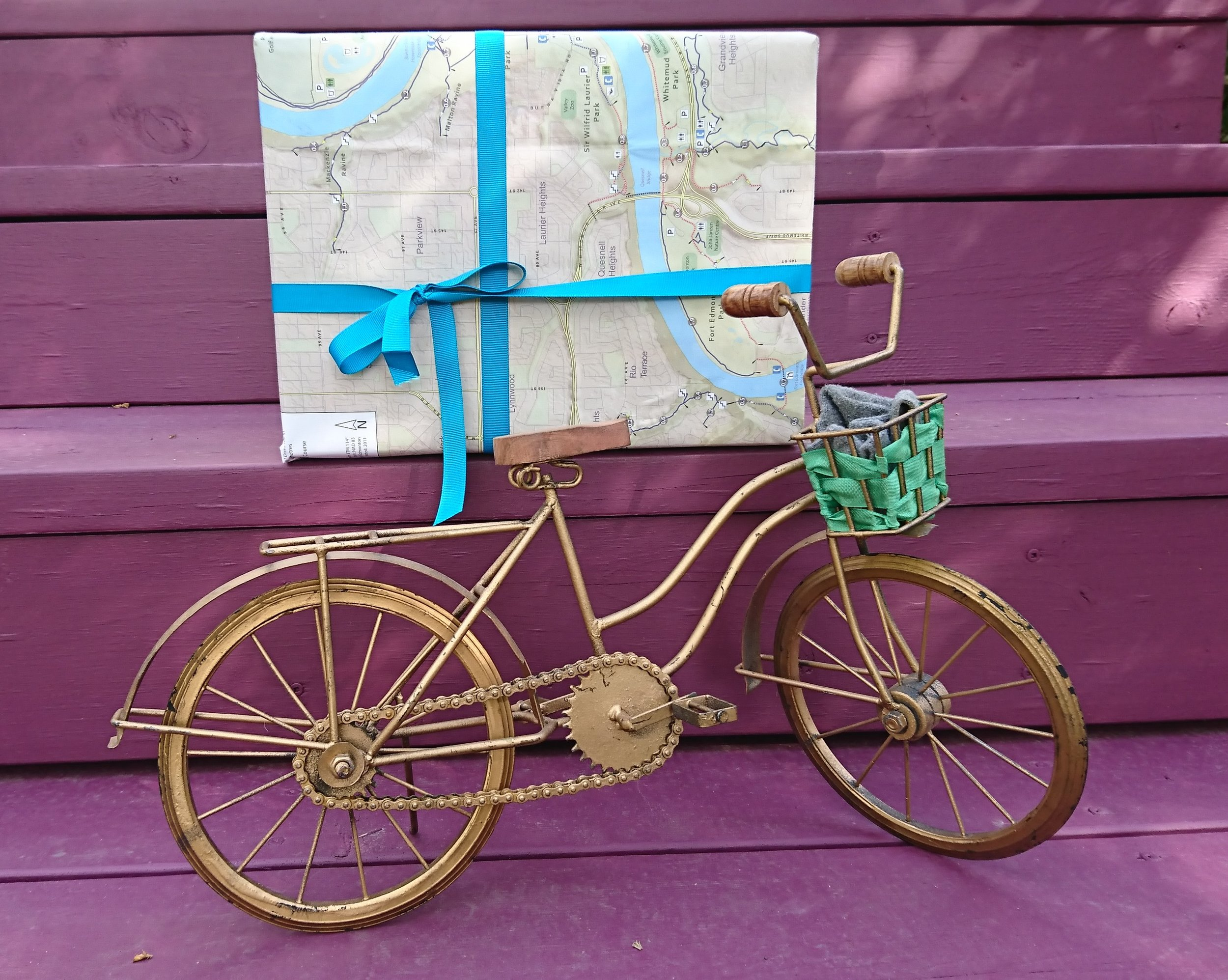Bike-and-map-present.jpg