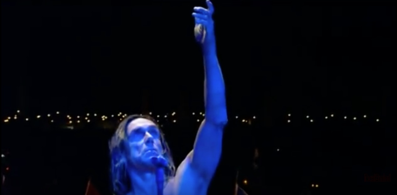 _45__Iggy_and_The_Stooges_at_Glastonbury_2007_-_YouTube copy.jpg