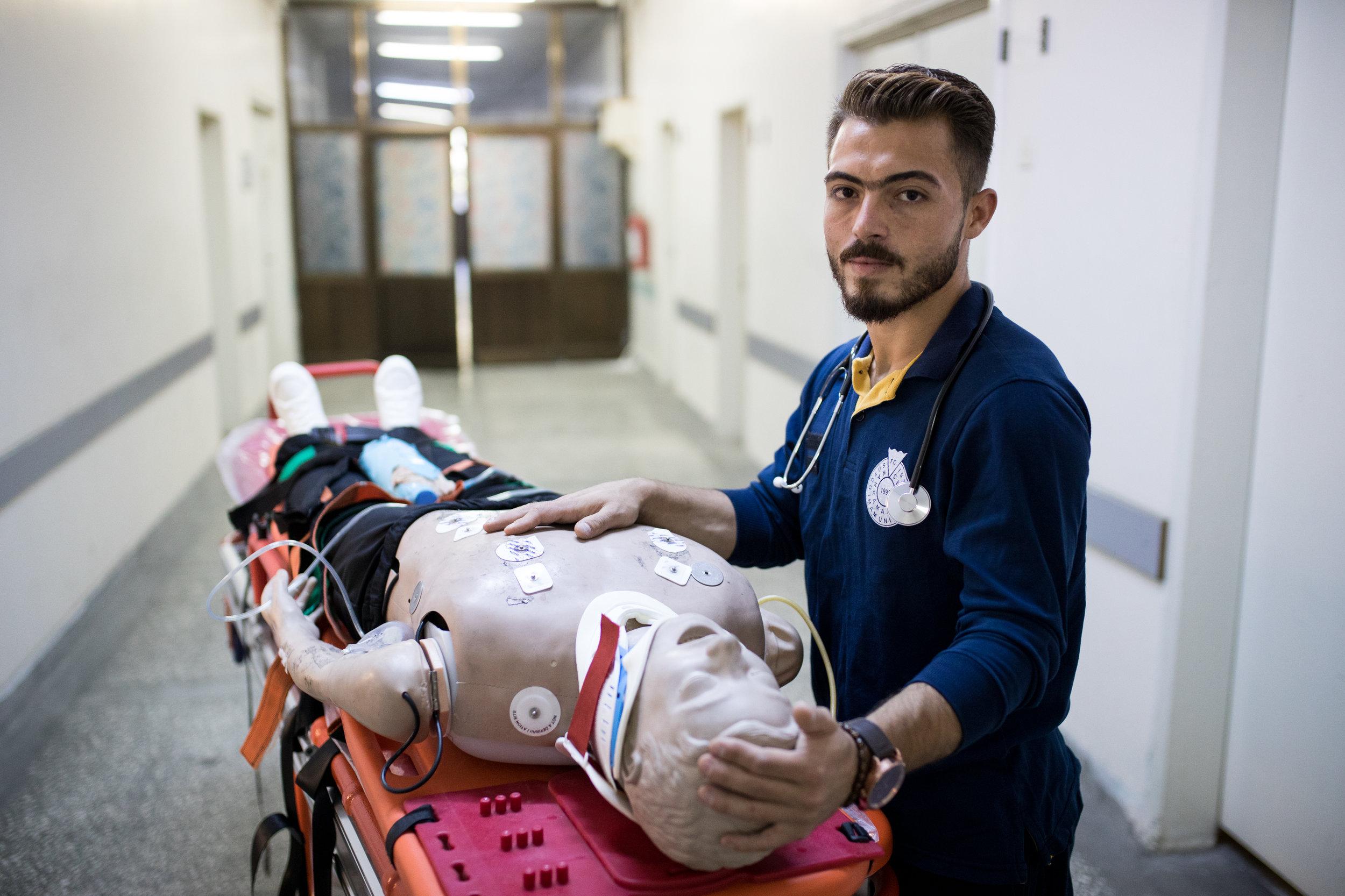 2018-07-02_Muhamed Najar, 24, Paramedic at Sütçü Imam Uni, Kaharamarmas, TK_0547.jpg