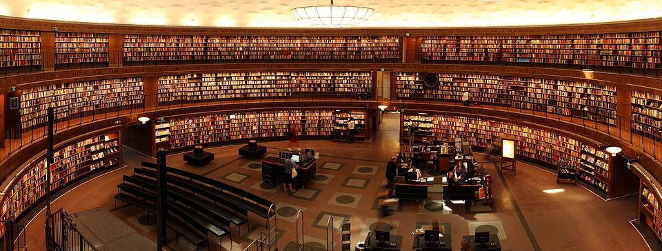 books-1281581_960_720.jpg