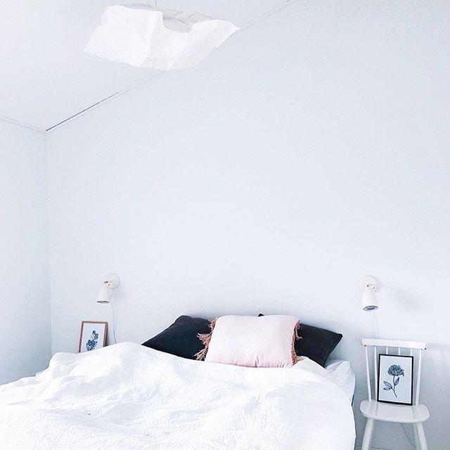 Minimalism 🖤. No more colors - - - - - - - - - - #decorationinterieur #illustration #graphicdesign #graphics #graphicdesigner #mood #visual #art #handwork #print #illustrate #lines #details #minimalism #colors #photography #instart #instagood #mind #interior #card #decoration #deco #iamfy #nordic #finland #helsinki