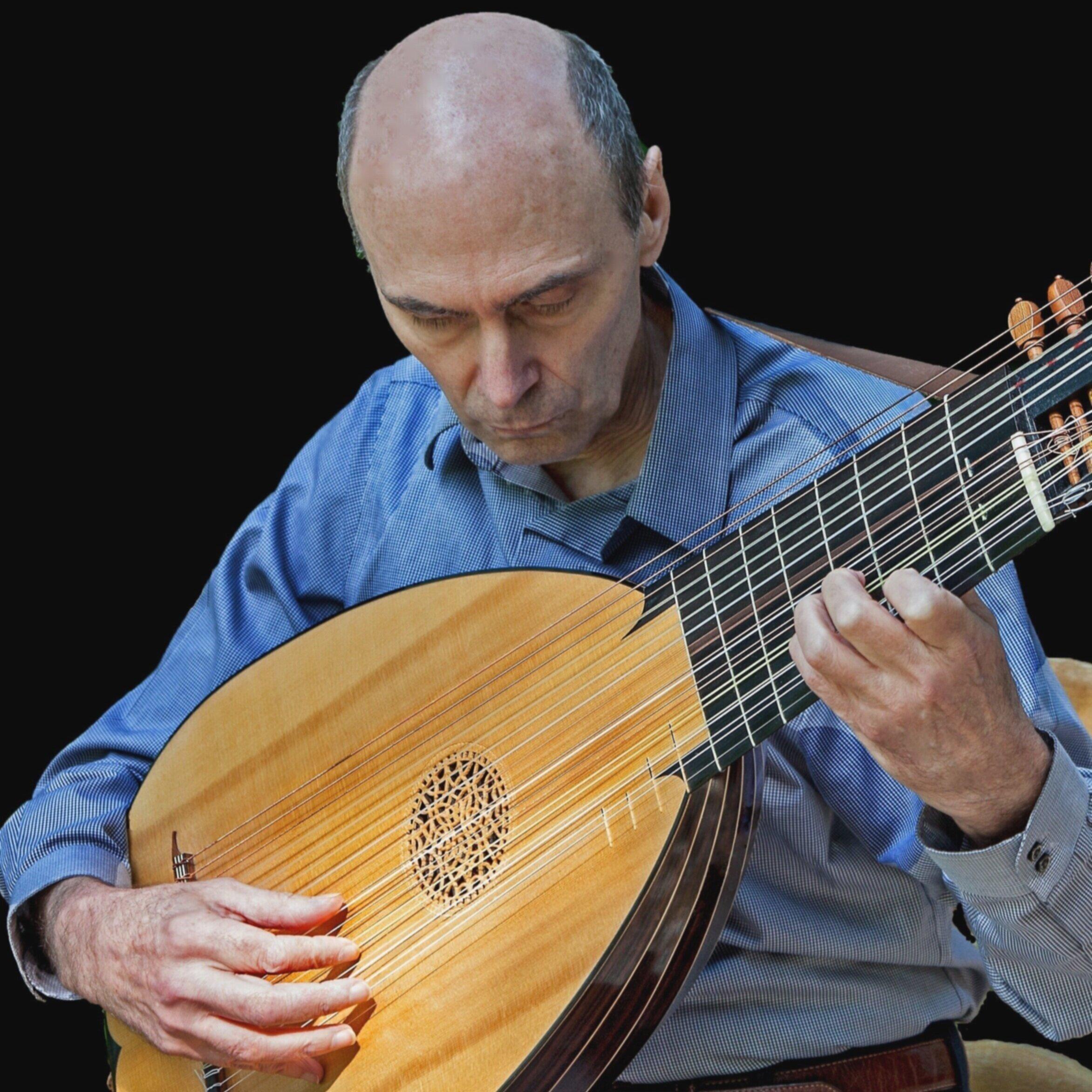 Richard Kolb,  theorbo, archlute, baroque guitar