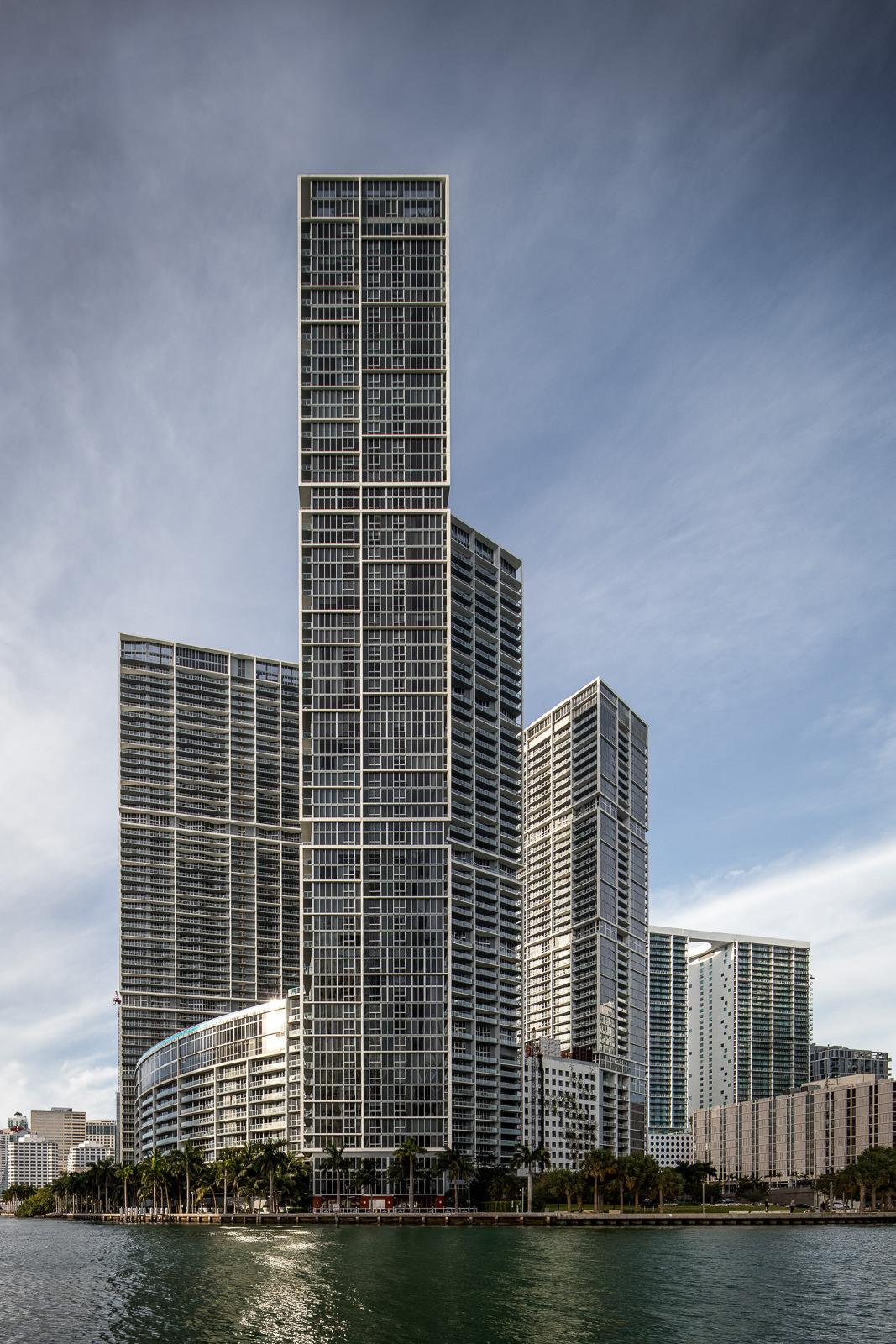 Icon Brickell, Miami, FL - Arquitectonica