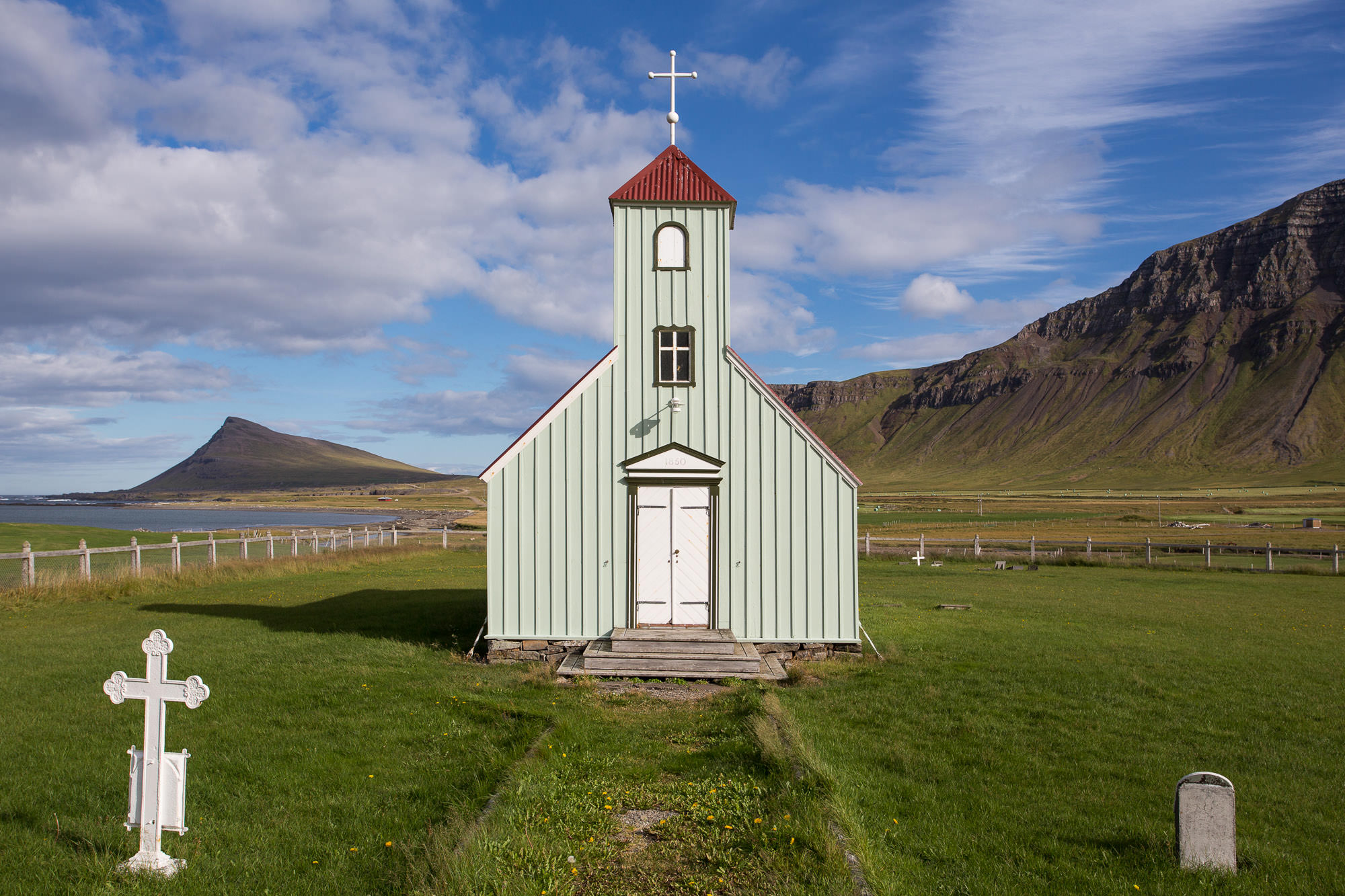 mike-kelley-iceland-architecture-11.jpg