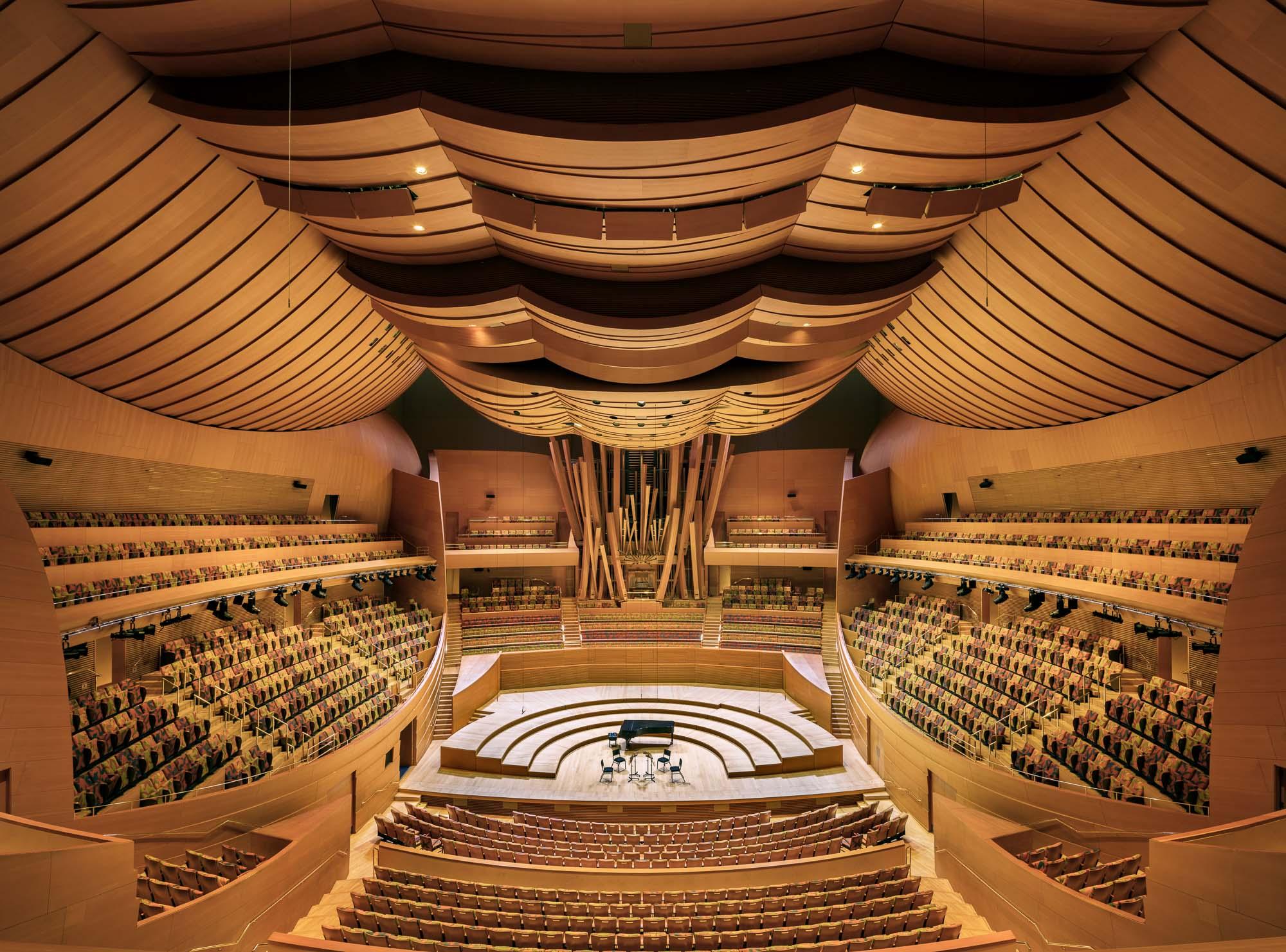 walt-disney-concert-hall-mike-kelley-2.jpg