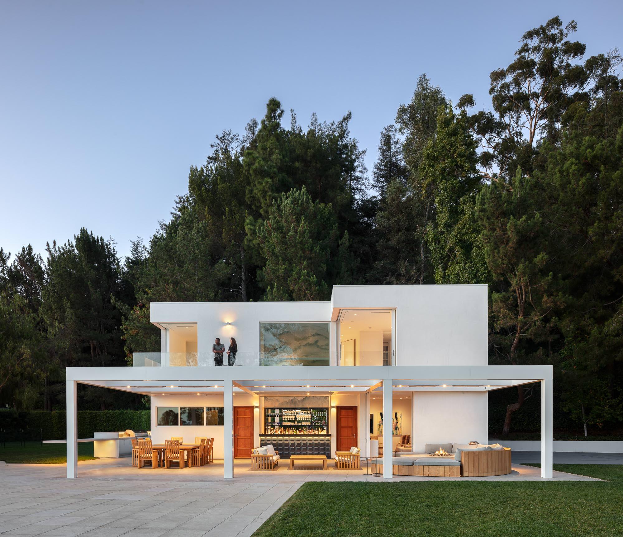 Guest House, Bel-Air, CA - Rios Clementi Hale Studios