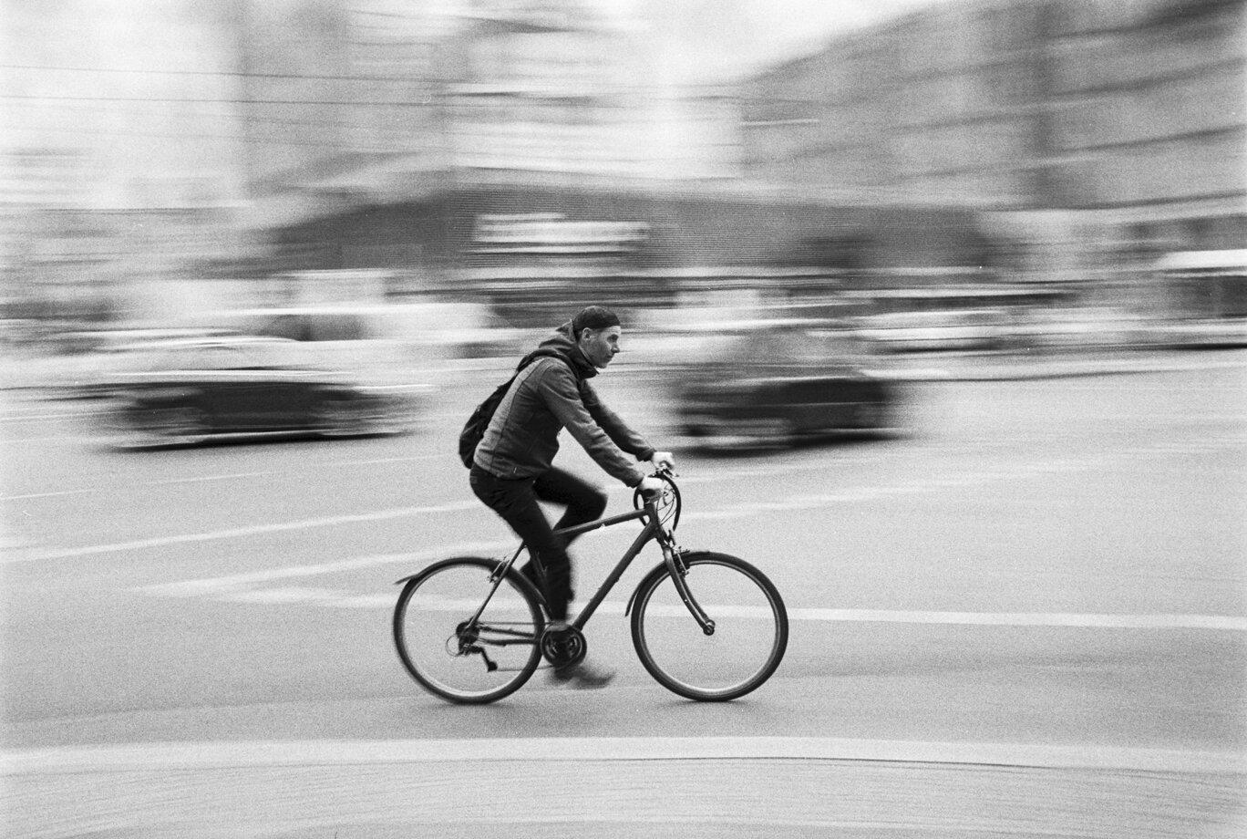 """""""Speed in Berlin"""" by Jelmer Gremmen"""