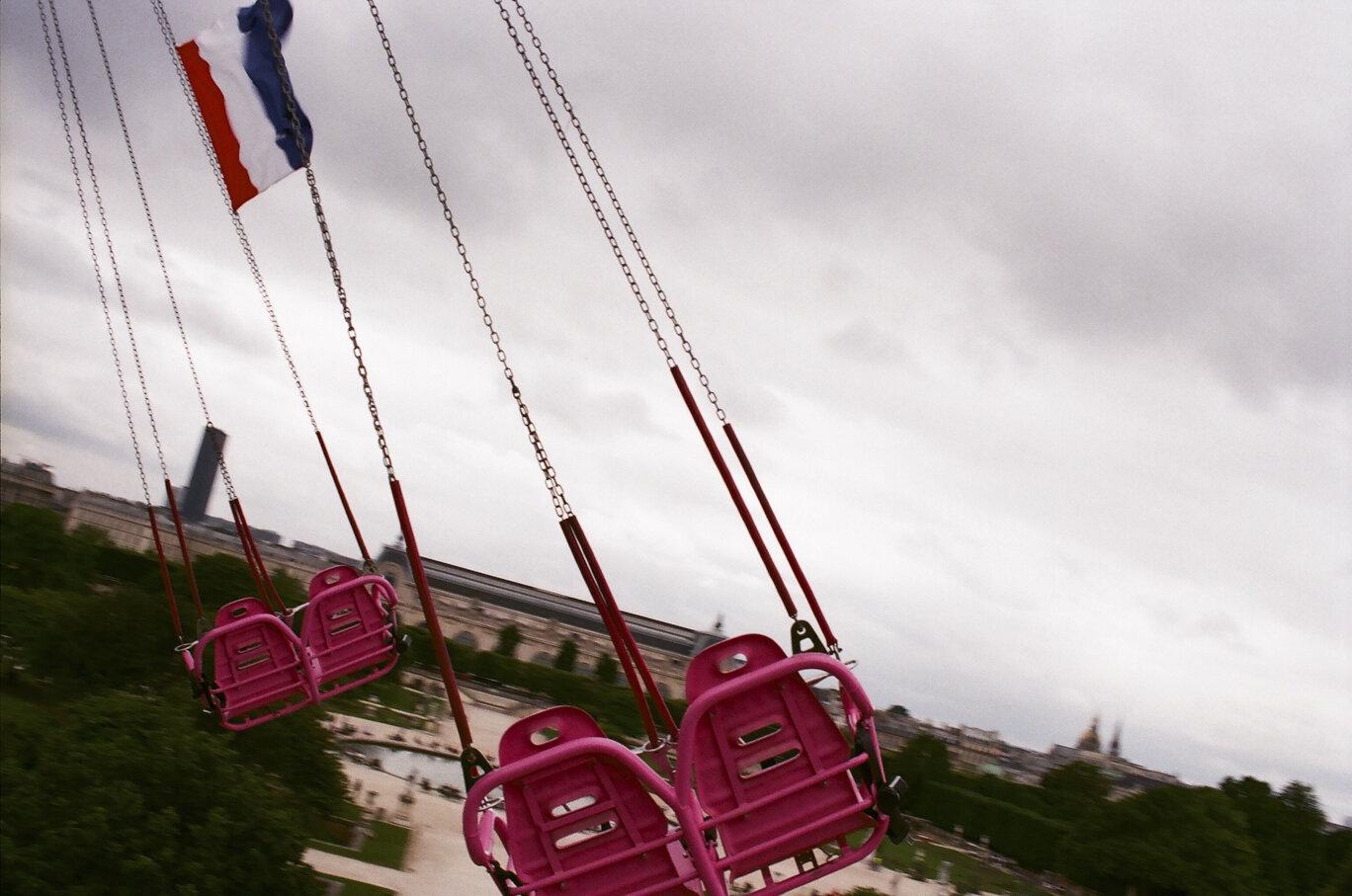"""""""Swings at Jardin des Tuileries"""" by Swissa Chaengpiyarat"""