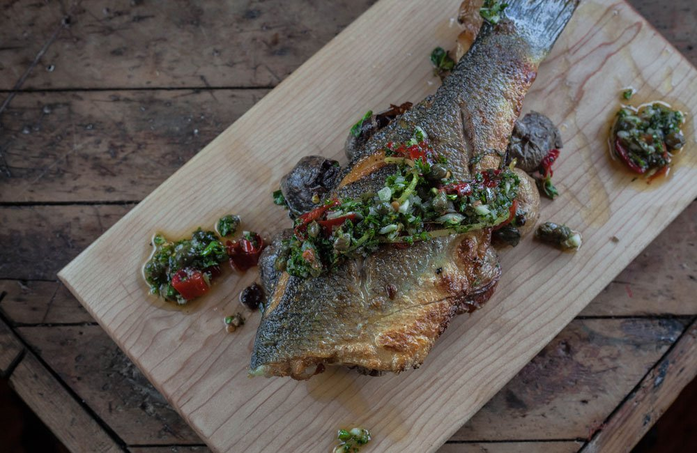 ottava-via-11-gourmet-smoked-salmon.jpg