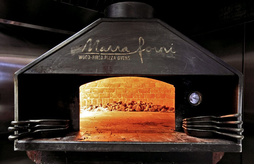 ottava-via-8-wood-fired-oven.jpg