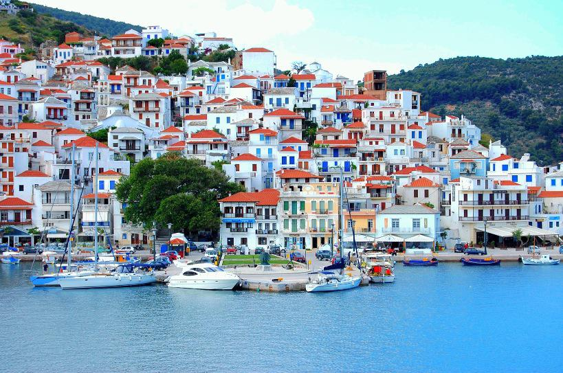 All levels cold wax workshop in Skopelos, Greece - with Jerry McLaughlin and rebecca crowell
