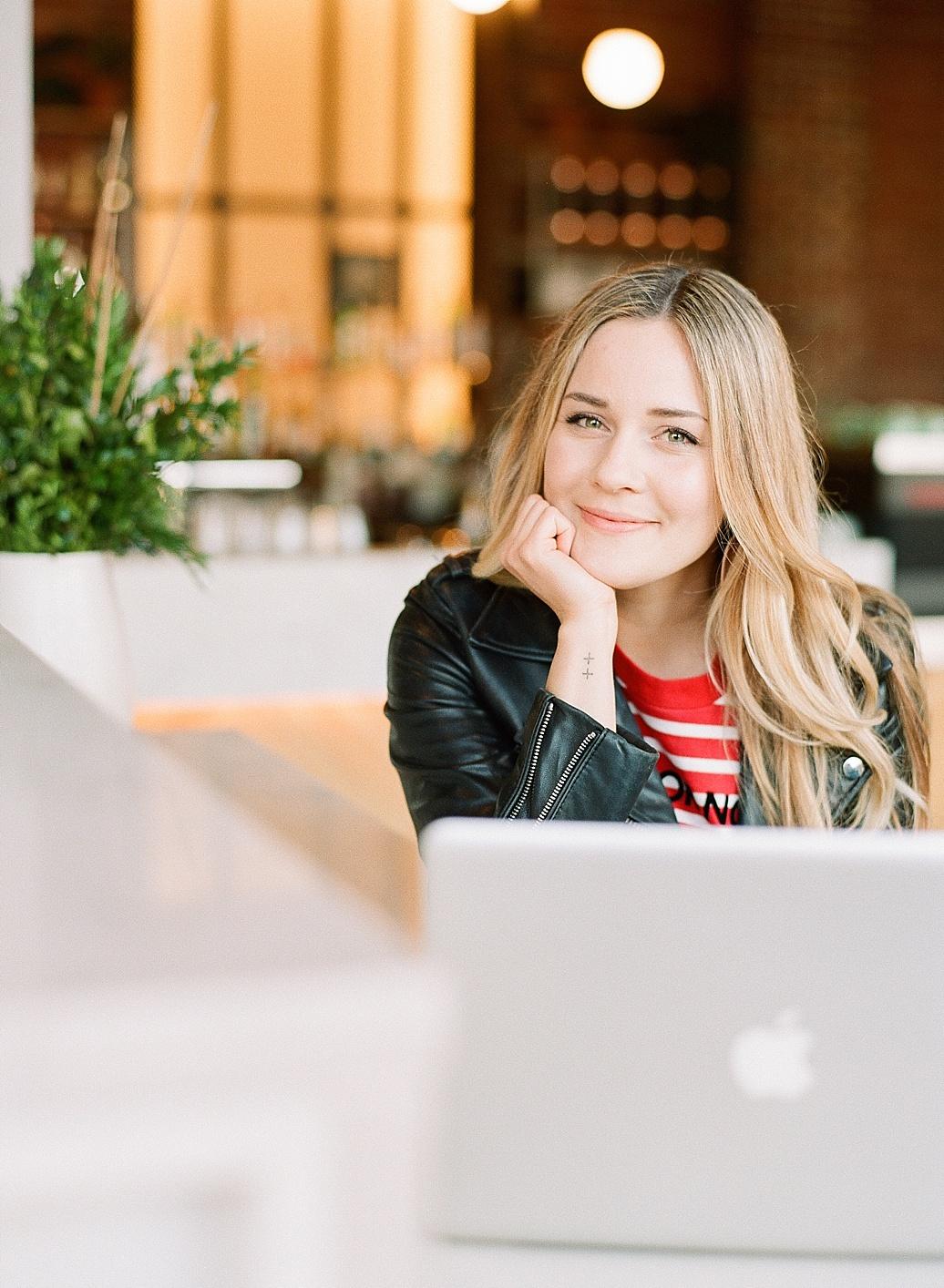 social media coordinator strategist digital marketing_6611.jpg