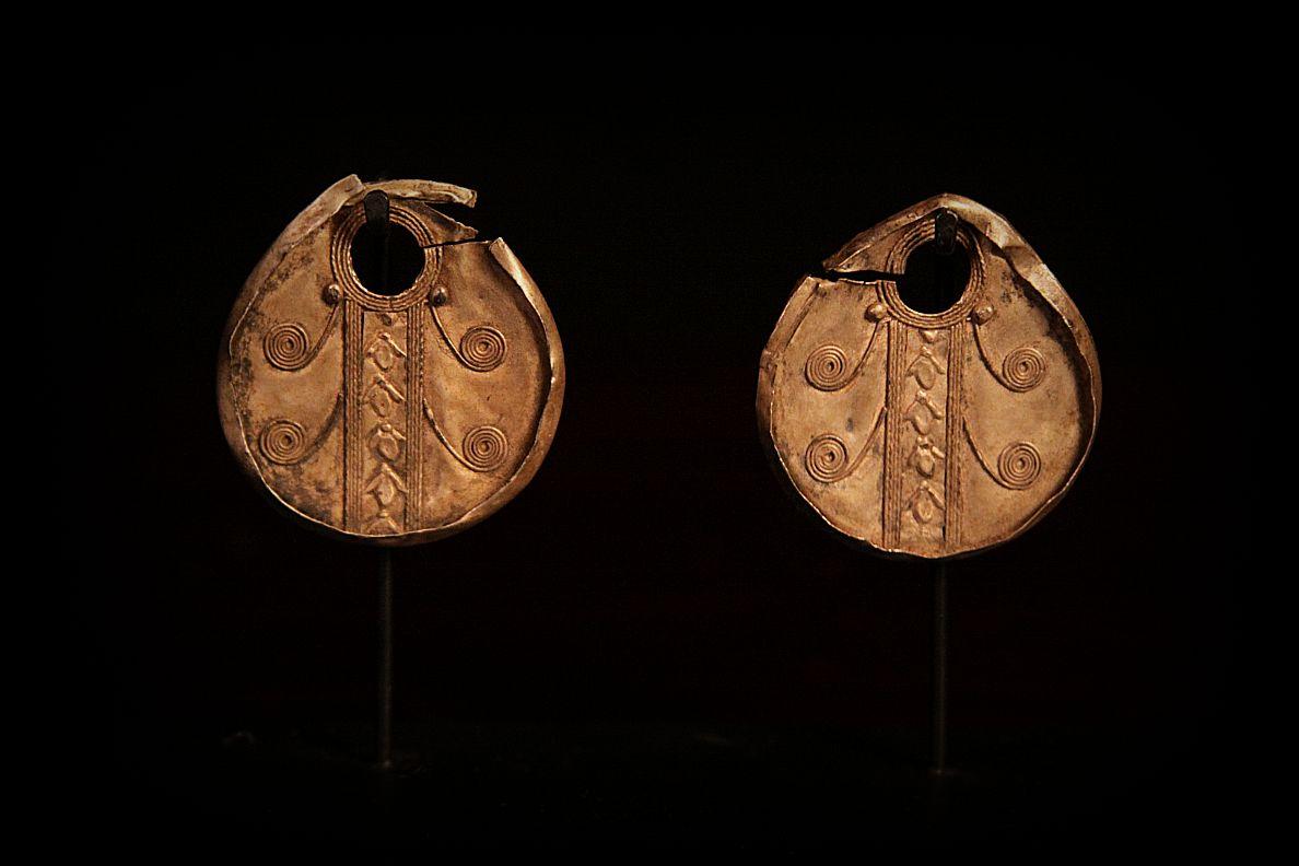 20th Century Copper Gurung Earrings. Nepal.jpg