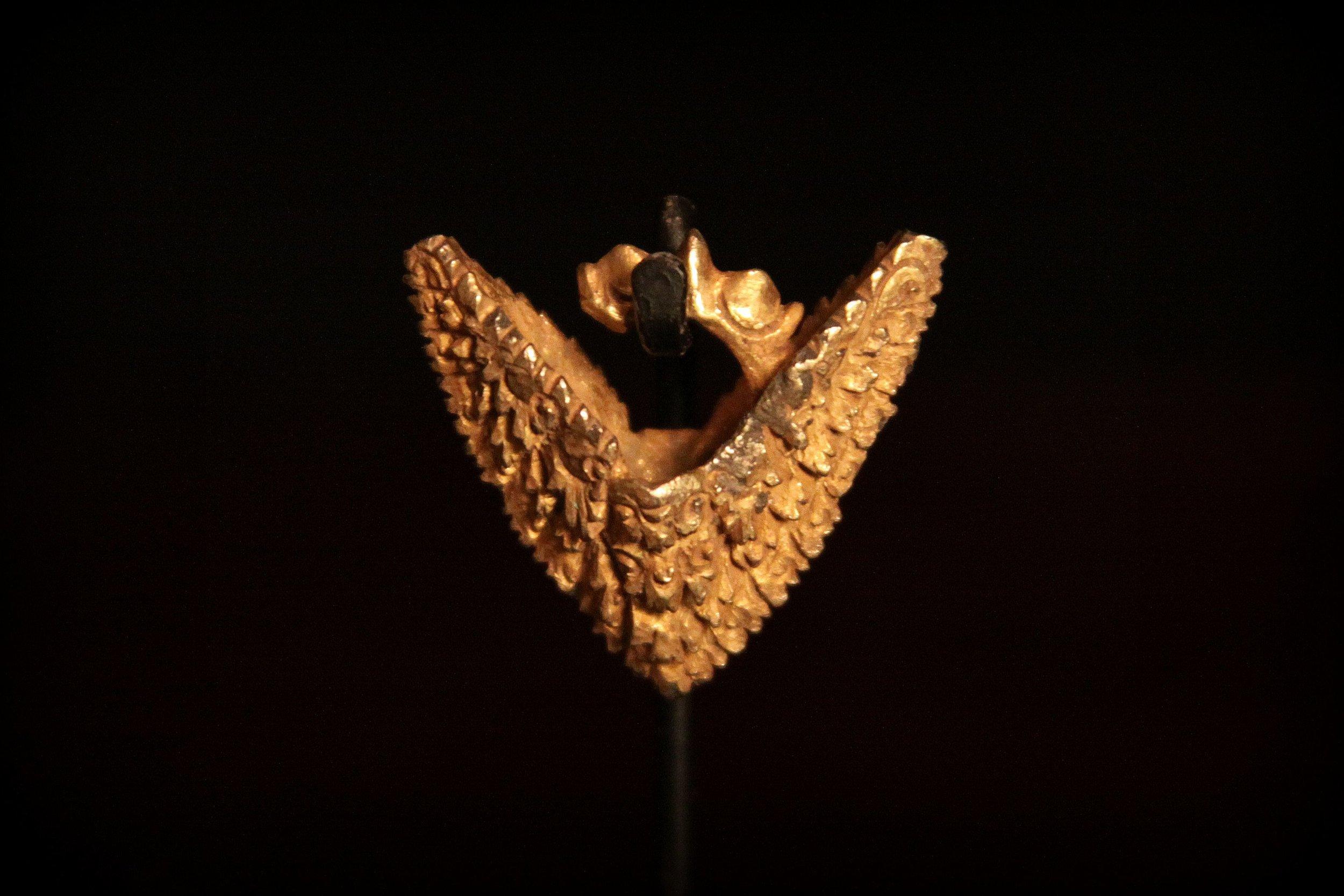 Rare Single Gold Earring, Circa 1000 - 1400. Mahajaphit empire of the island of Java (now Indonesia).jpg