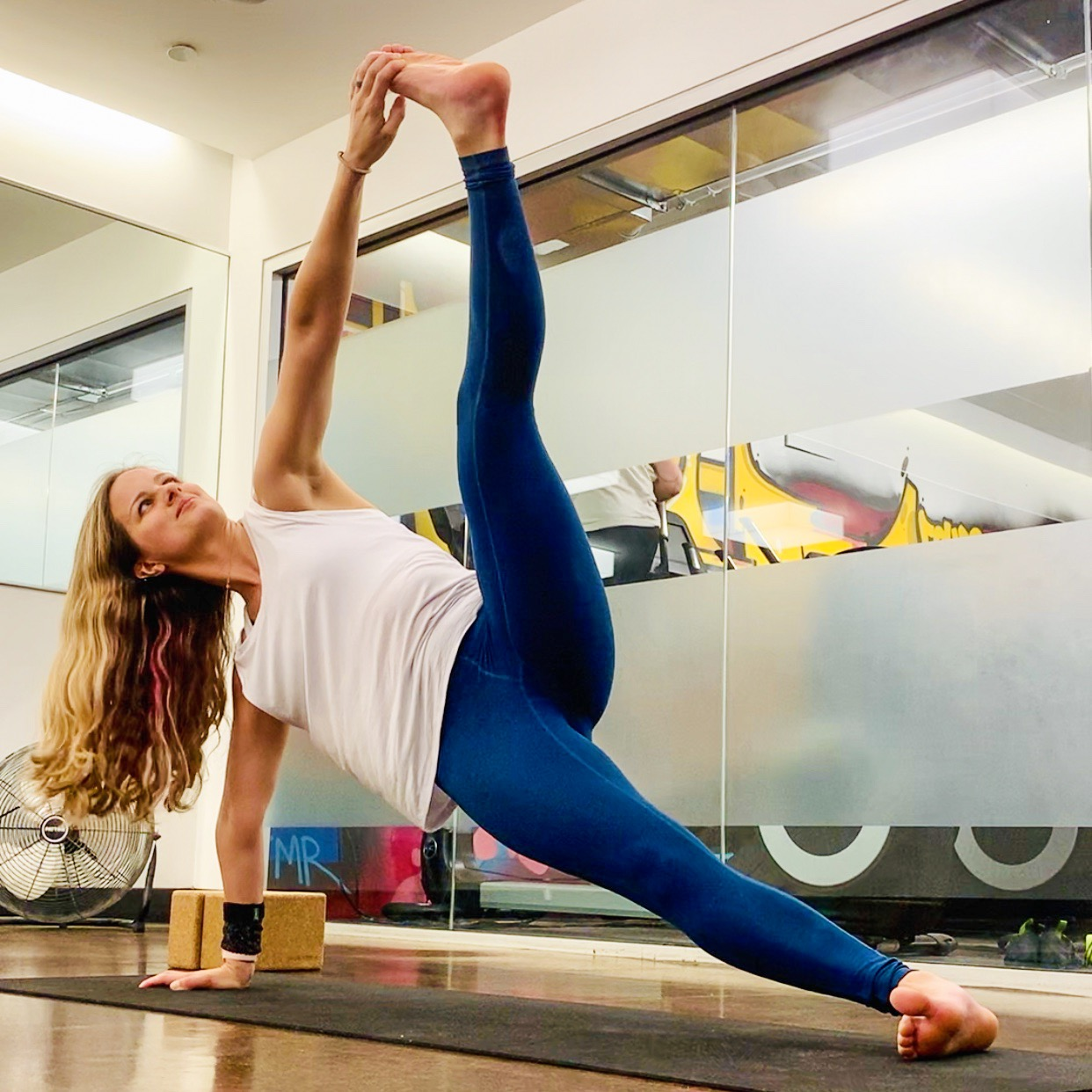 Studio Classes - I have experience teaching a range of yoga styles, in gyms, yoga studios, and other public locations.