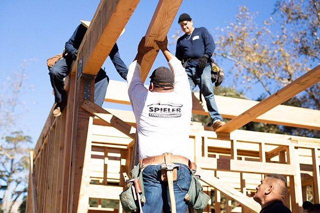 @christian.barron.98 making moves.  #framersareadyingbreed #constructionlife #framers #chippylife #carpenter #carpenters #carpenterlife #construction #carpentry #spielerconstruction #sci #montecito #santabarbara #🔨