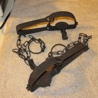 vintage-steel-animal-traps-primtive_1_4b0ccbb2552b226ec48ea2a19588db46.jpg