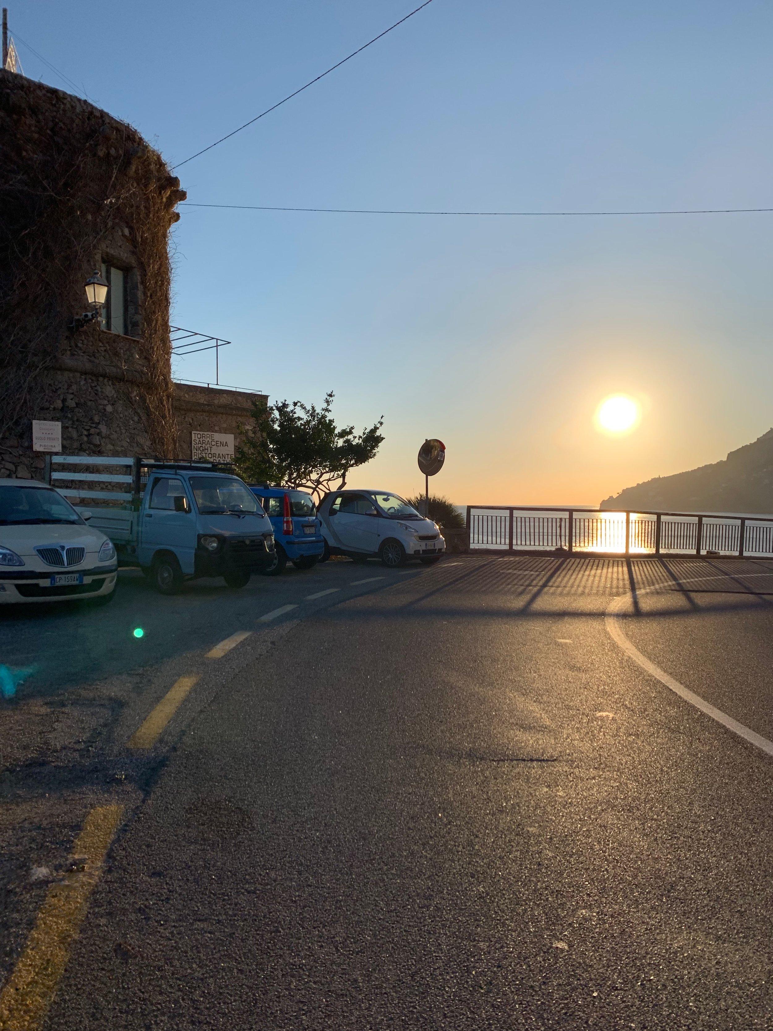 Дорога в Амальфи около отеля Луна