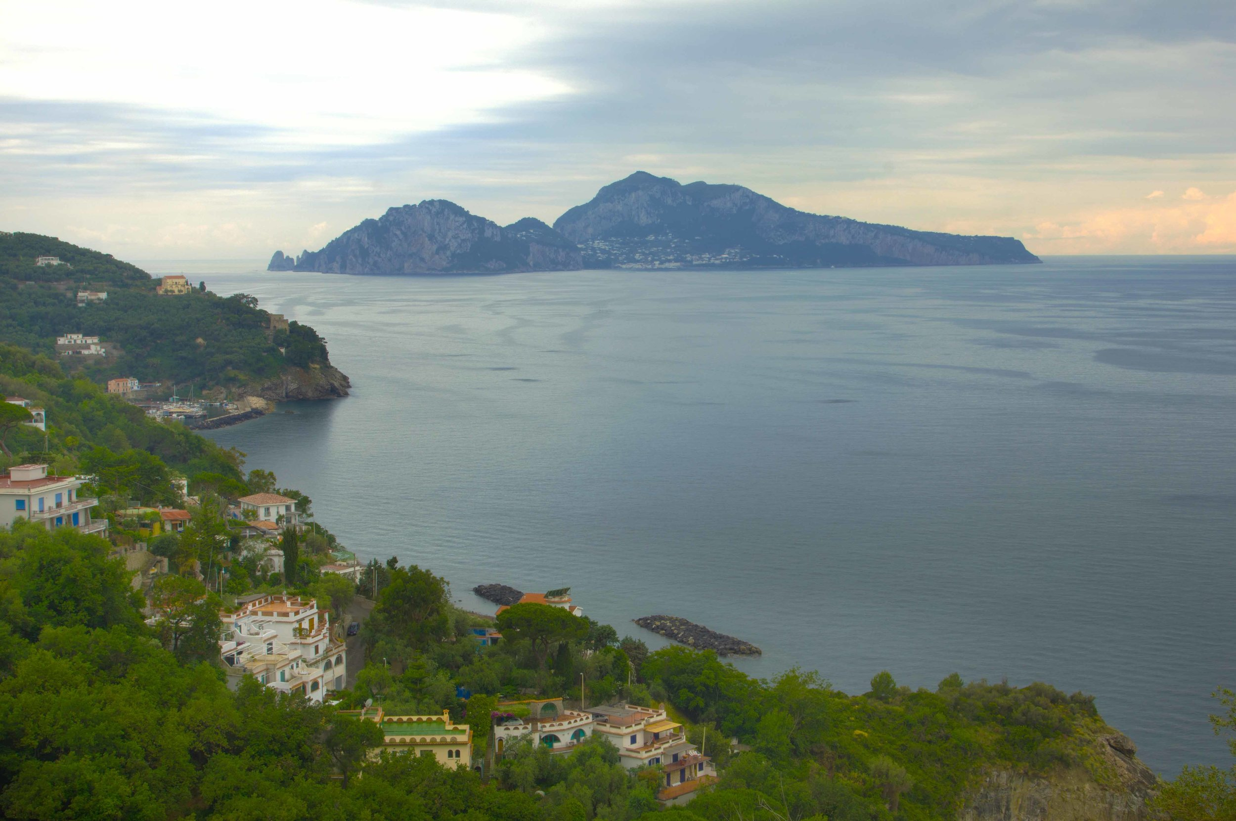 Top 10 Things to do in Sorrento - Sorrento itself is very close to such historical places as Pompeii, Herculaneum and Capri. All of which are beautiful and interesting in their own right. Pompeii is well known as being the city that was destroyed and preserved by Mt Vesuvius.....