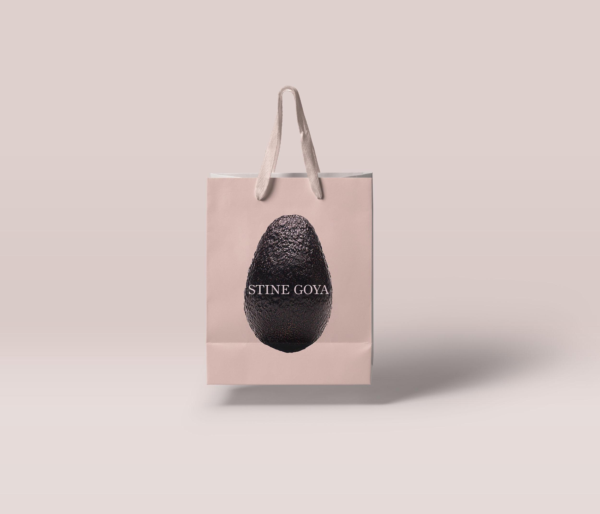 Gravity-Shopping-Bag-Mockup.jpg