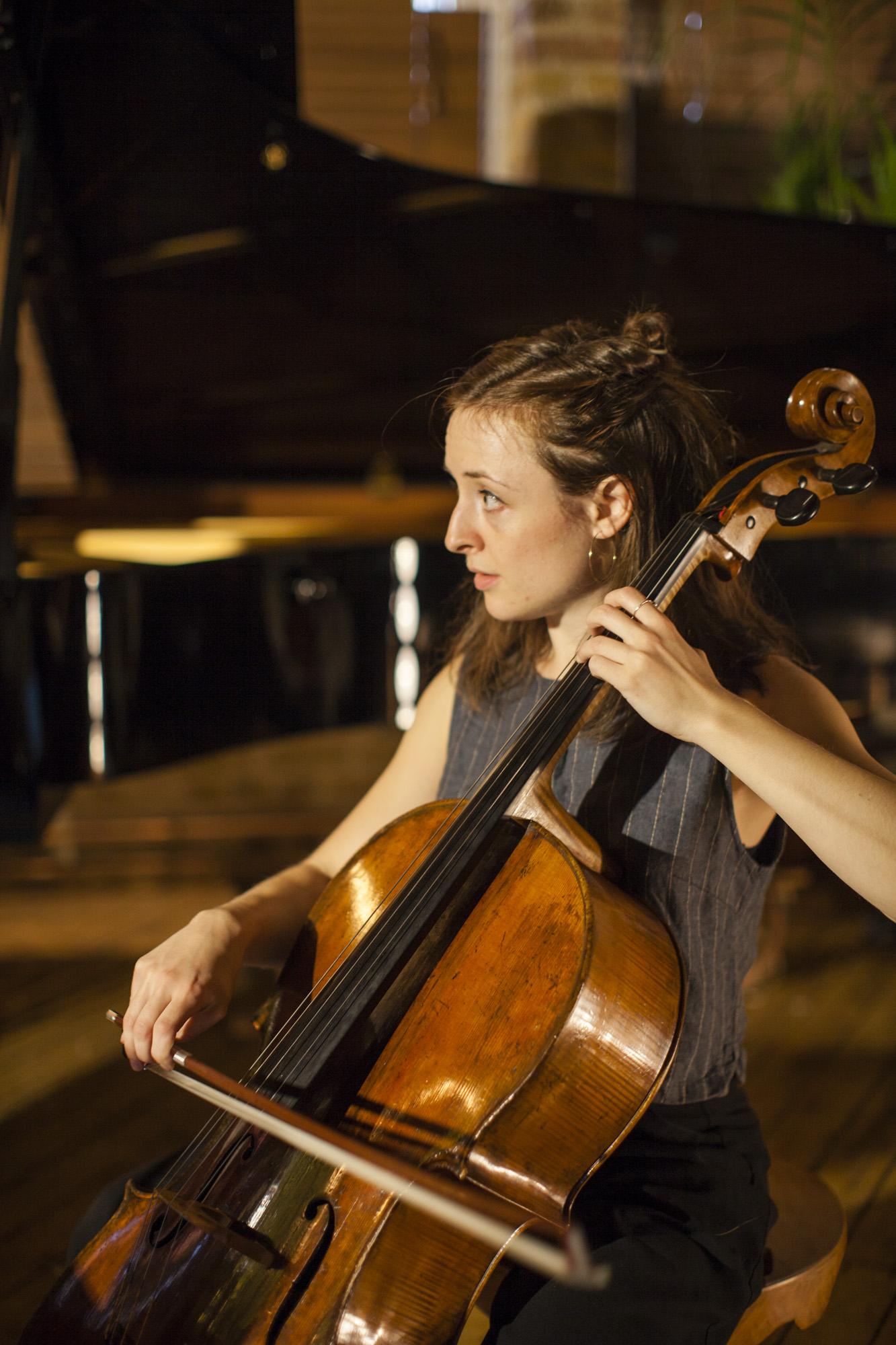 Alice Purton, cello