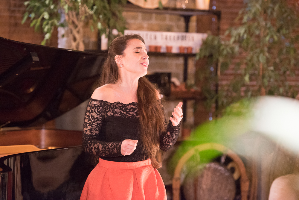 DEBUT at Shoreditch Treehouse | Lorena Paz Nieto, soprano