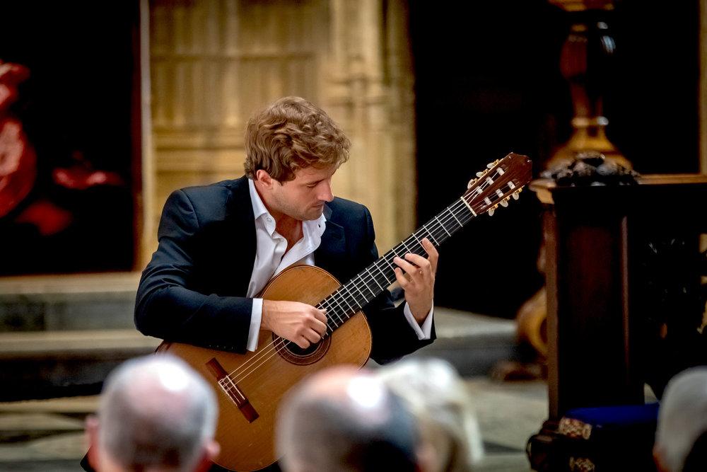 Michael Christian Durrant, classical guitar