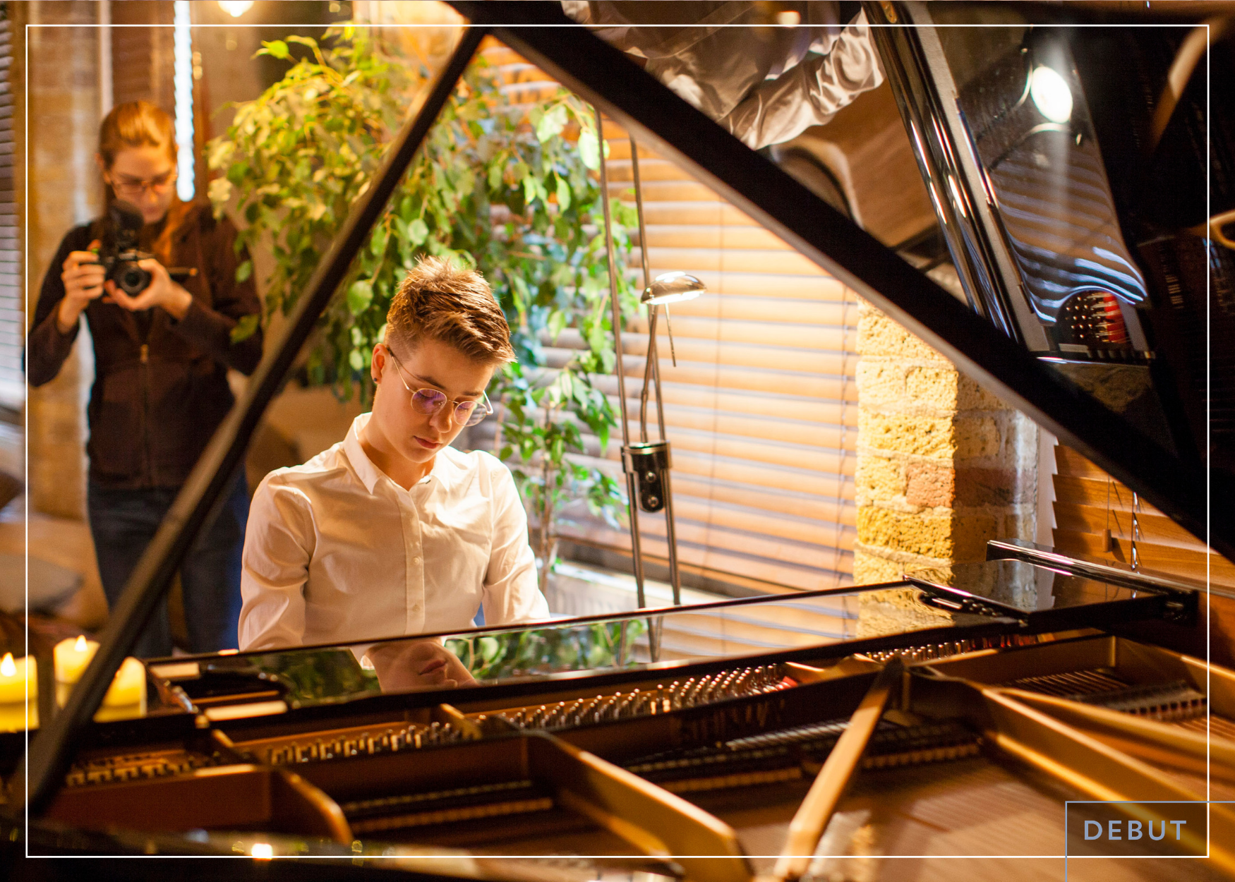 Sam Peña  resident piano improvisor