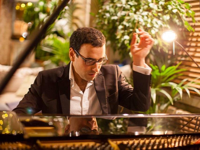 Gamal+Khamis+piano%2C+DEBUT+at+Shoreditch+Treehouse.jpg