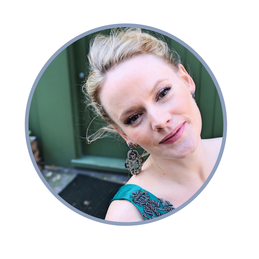 Lizzie Holmes, founder of DEBUT & classical soprano