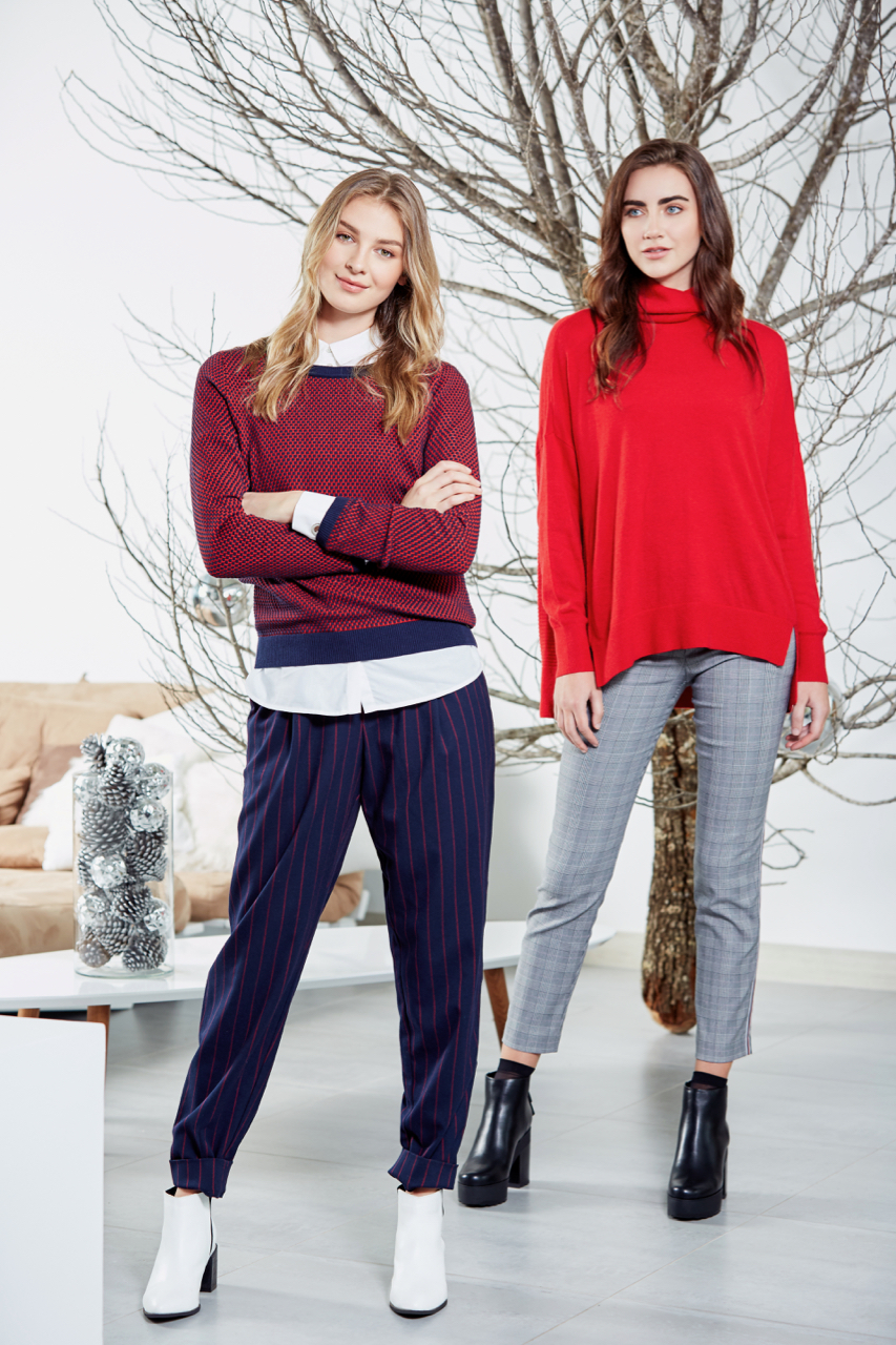 ESPRIT - CATALOGO NAVIDAD 2018. Medellín, Colombia - 2018.  Client: ESPRIT Colombia #ESPRITColombia Photographer: Fabito Gómez @fabitoph | www.fabitogomez.com Model: Megan Dalke @megan Dalke, Anna Wolf @anna_wolf3 Model Agency: Wilhelmina NYC @wilhelminamodels  Makeup & Hair: Susi Hache @susihmakeup Production: Angela Rubio @gelitarubio Retoucher: Daniel Stave @danistave  http://www.fabitogomez.com/blog/2018/12/1/esprit-navidad-2018  ALL RIGHTS RESERVED © 2018 FabitoGomez.com 