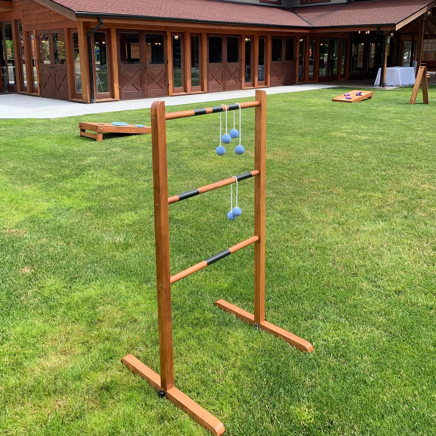 Ladder Golf game.jpg