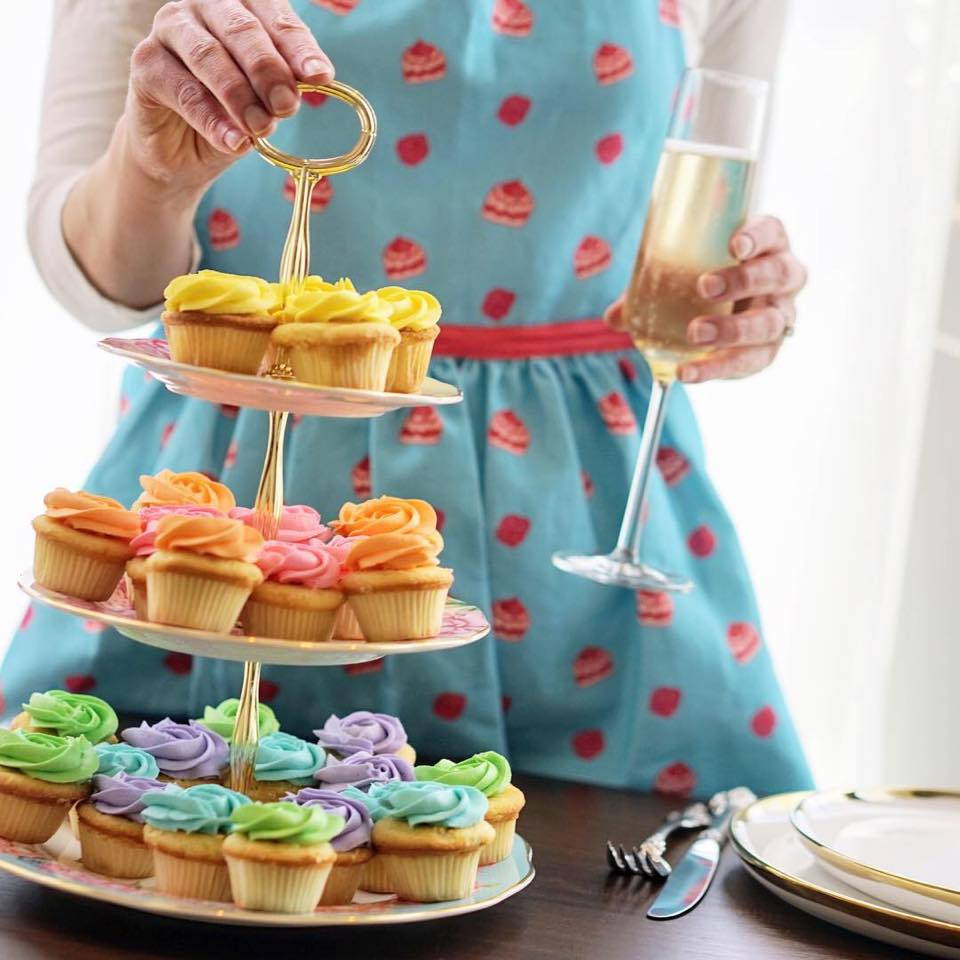 apron cupcakes.jpg