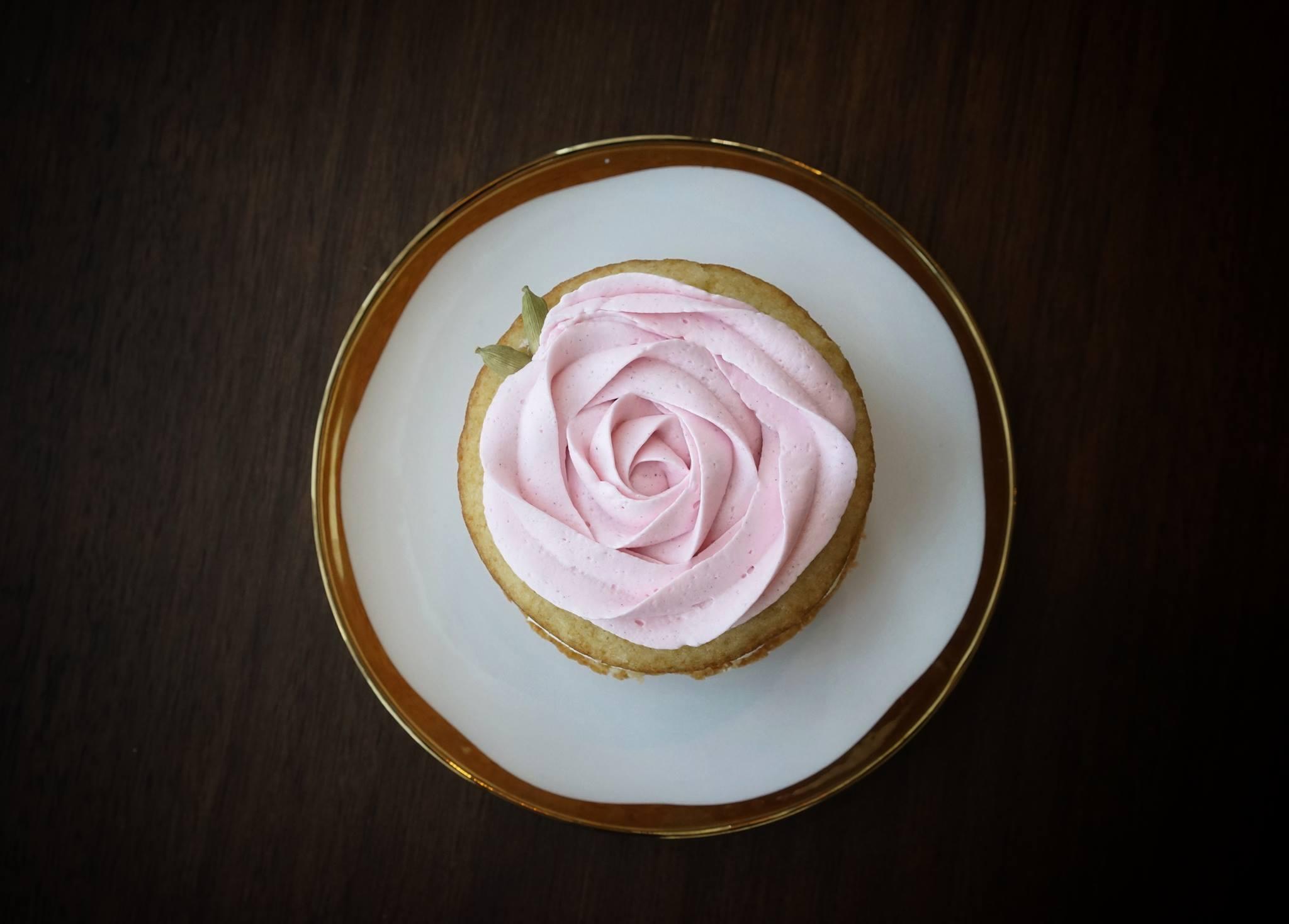 rose photo.jpg