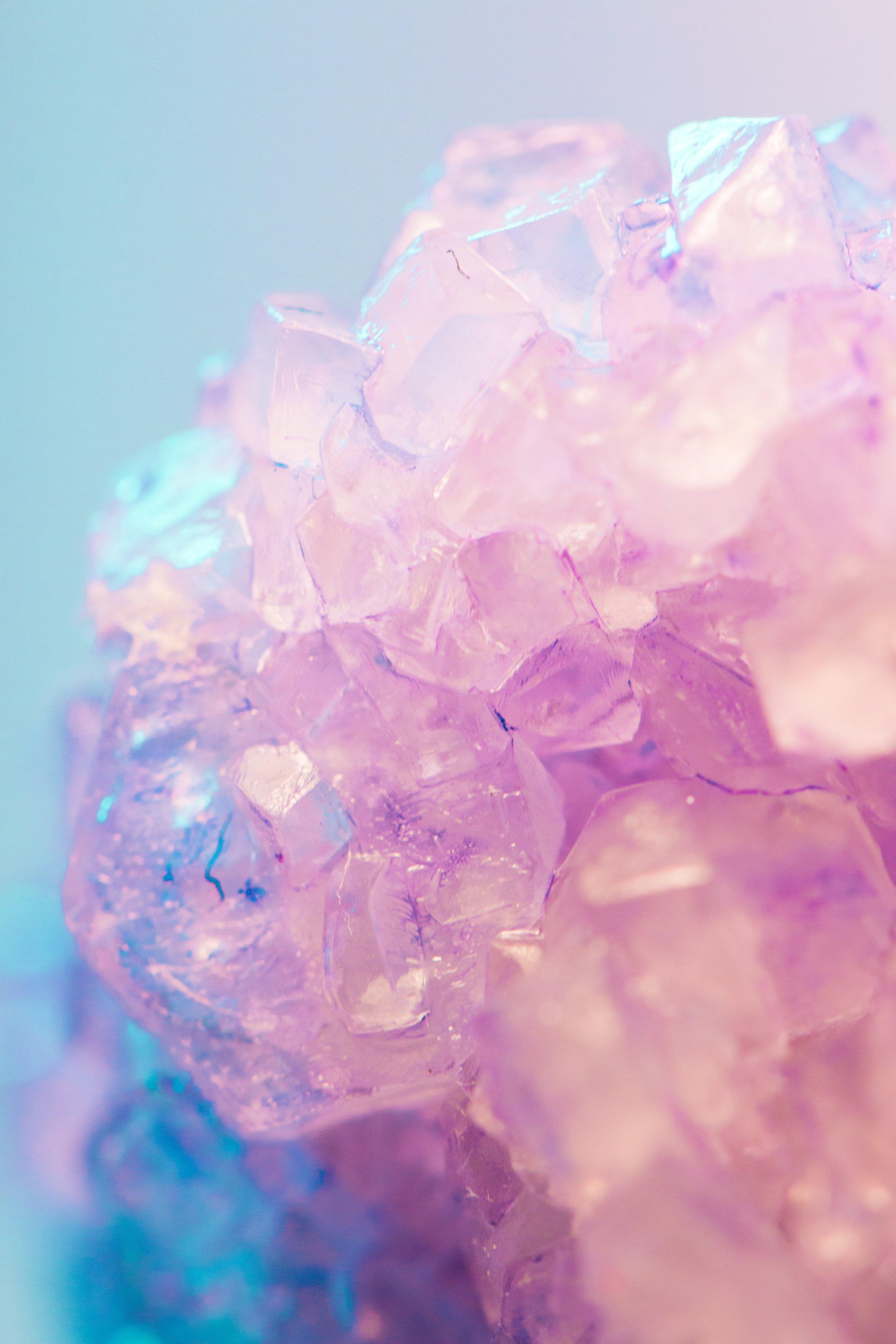 explore the healing effectsof Reiki -