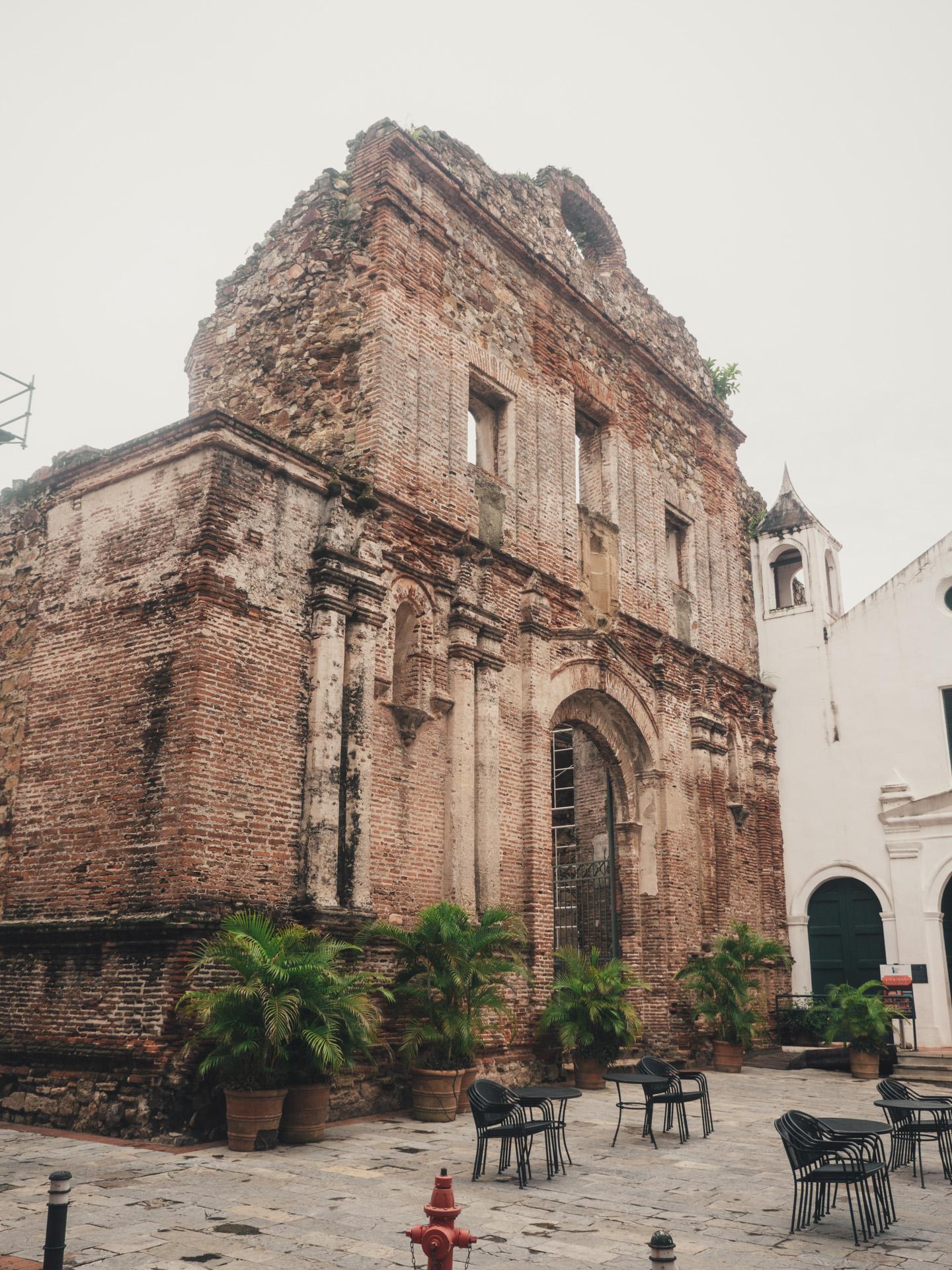 Ruin in Casco Viejo
