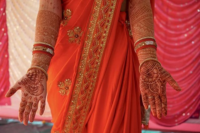 Today I am missing my wedding mehndi and wishing I could have it done every week! 😍 The process of doing my wedding mehndi took about 4 hours and three incredibly talented women! 😮 The designs were intricate and beautiful and lasted our entire trip.  I can't wait to go back and have it done again ❤️ 📷 @tonysolis3 . . . #indianwedding #india #mehndi #henna #weddingsaree #mehndibride #indiabride #globalwanderer #travelscape #passportpassion #travelcouplelife #travelcoupleblogger #travelcouplegoals #creativetravelcouples #traveltheworldwithme #newbloggers #microblogger #bloggergram #photographylovers💕💕 #photographygoals #travelphotographyoftheday #aroundtheworldpics #beautifuldestinations #travellinglife #happytraveller #discovernewplaces #wanderaround #minnesotablogger #mplsblogger