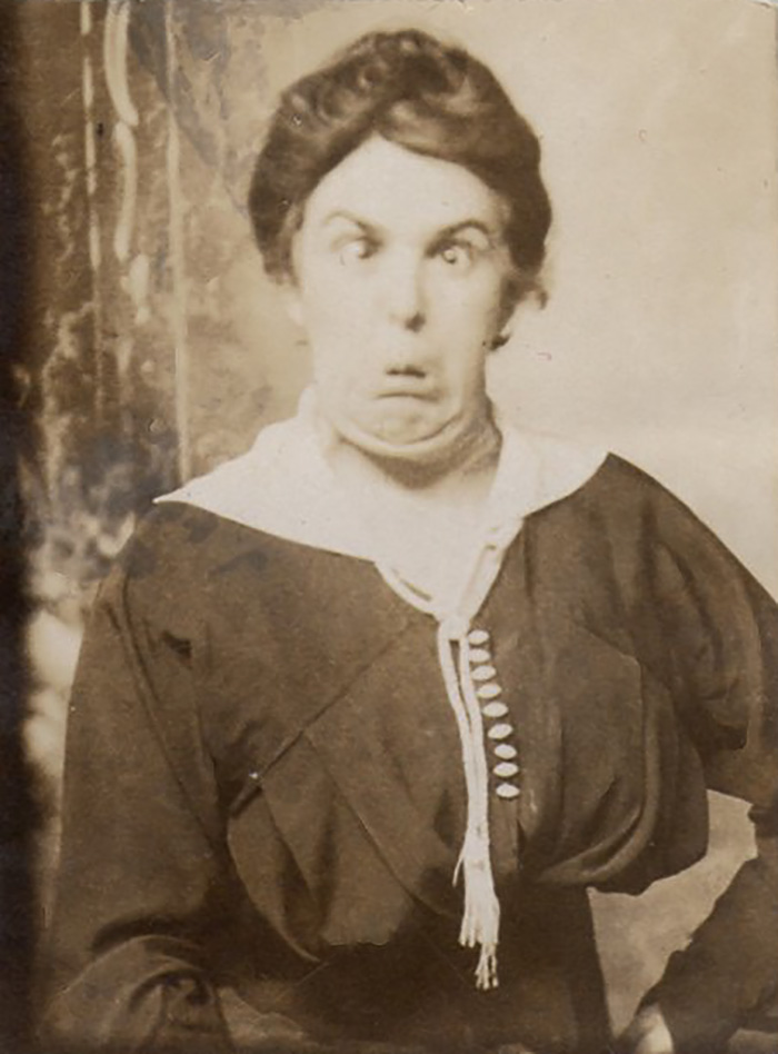 funny-victorian-era-photos-silly-vintage-photography-8-575130d540ffe__700.jpg