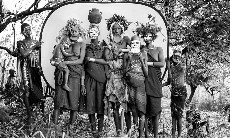 A-group-of-Suri-women-wit-005.jpg