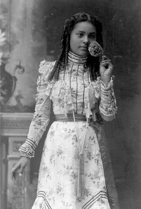 black-style-victorian-19.jpg