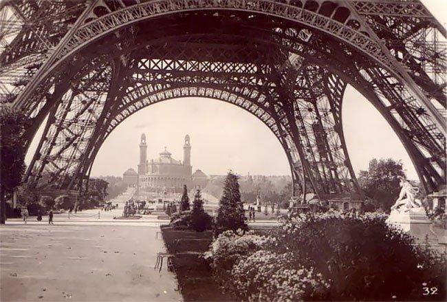JeanPierreYvesPetit_5_Paris_retro_vintage_fotografia_fotografiacallejera_belleza_historia.jpg