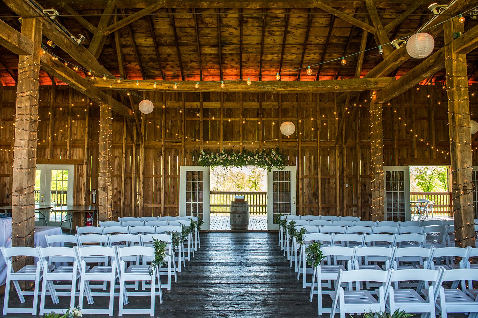 Armstrong Farms Rustic Barn Wedding Ceremony_Krystal Healy Photography.jpg