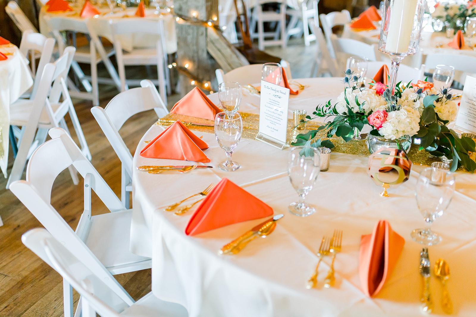 Armstrong Farms Rustic Barn Wedding Table Setting_Krystal Healy Photography.jpg