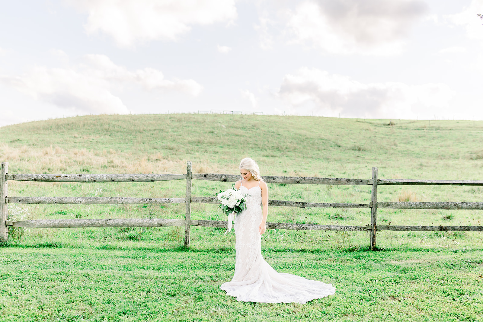 Armstrong Farms Rustic Farm Wedding_Krystal Healy Photography.jpg